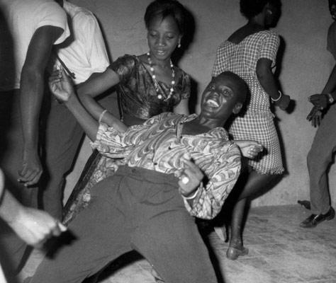 Contemporary African Photography: Malick Sidibé & Zwelethu Mthethwa